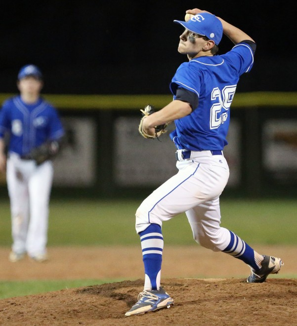 Catholic Central baseball earns home playoff game