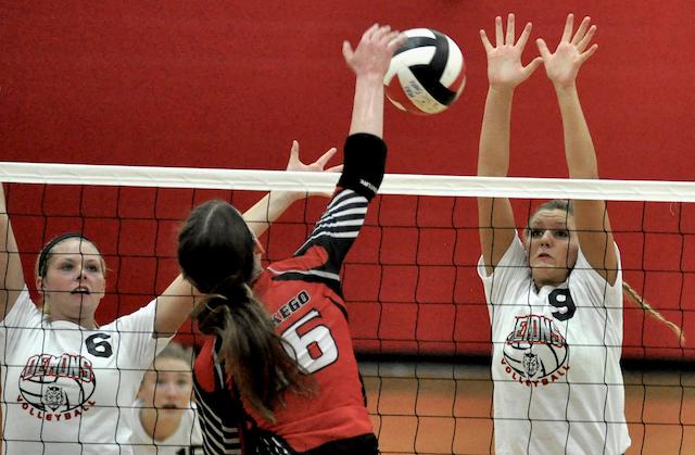 Burlington volleyball wins prestigious West Bend Sprawl