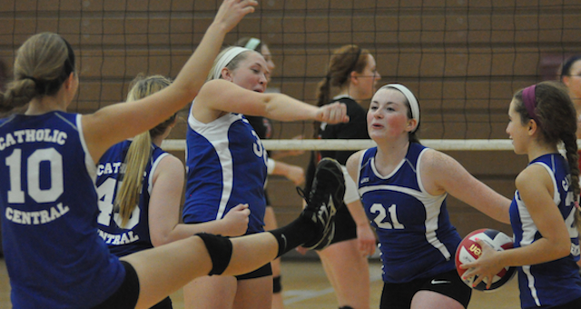 Catholic Central volleyball battles top teams
