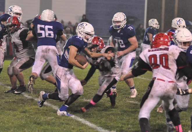 Toppers advance in WIAA playoffs