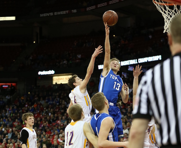 VIDEO: Thrilling final seconds of Catholic Central state basketball victory