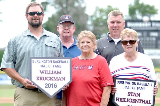 Barons victorious in front of Hall of Fame crowd