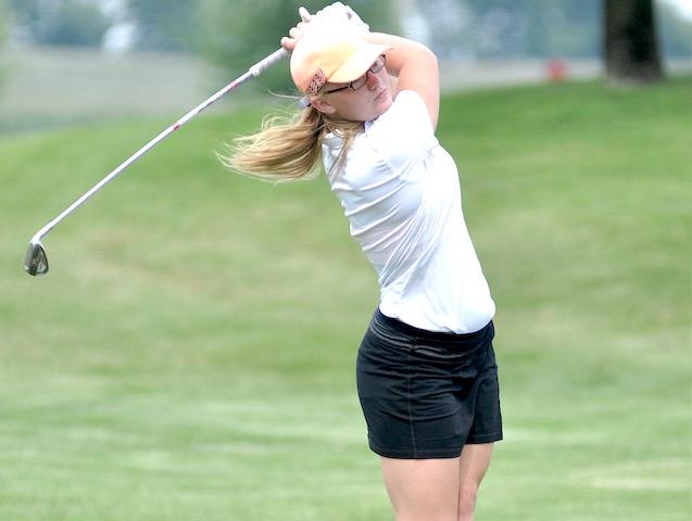 Short-handed Burlington golf team driving forward