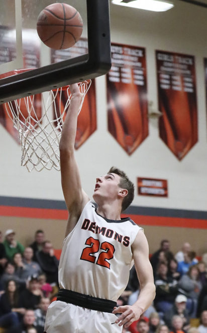 HOOPS ROUNDUP: Klug's 30 powers Burlington past Elkhorn
