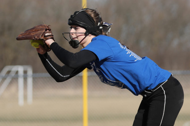 CATHOLIC CENTRAL ROUNDUP: Robson-led softball squad still perfect in Metro Classic Conference