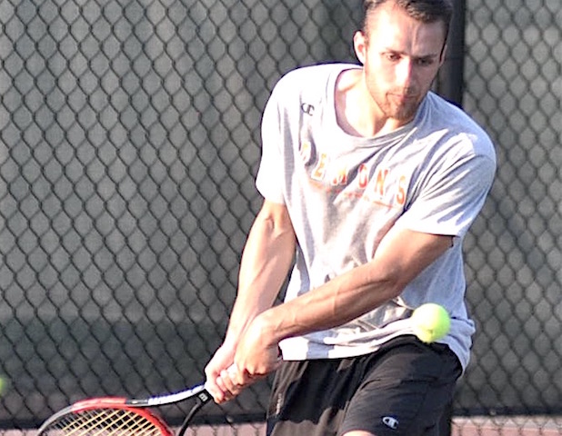 Burlington junior Ludwig advances to state tennis