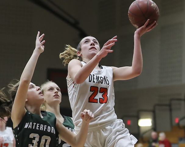 Burling first player in Burlington girls basketball history to surpass 1,000 points
