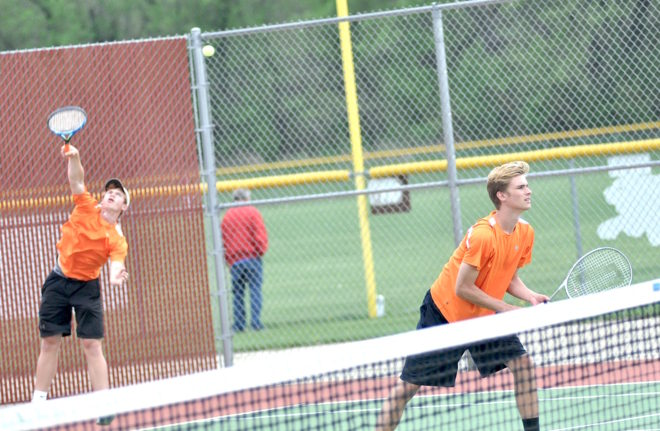 Ludwig paces Burlington in rain-soaked SLC tennis meet