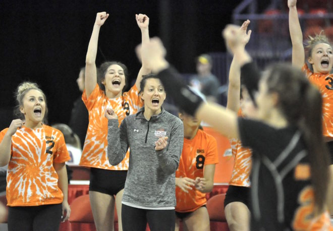 Burlington hangs on to sweep Waukesha West, will play for 2nd straight state title