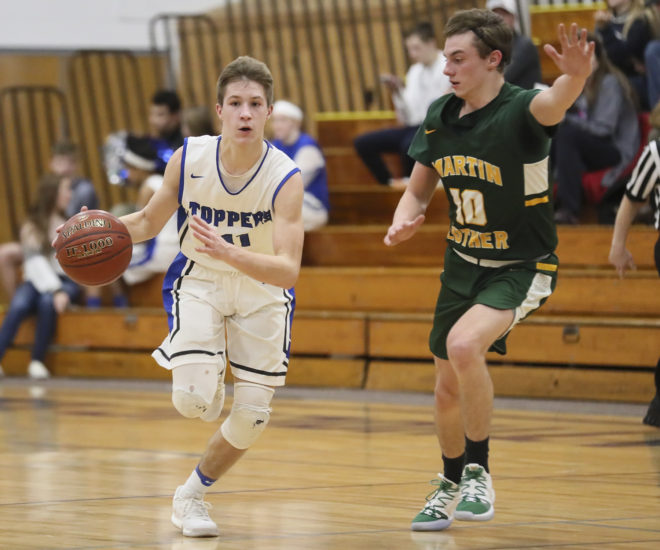 Catholic Central makes it rain with 13 3-pointers in rout