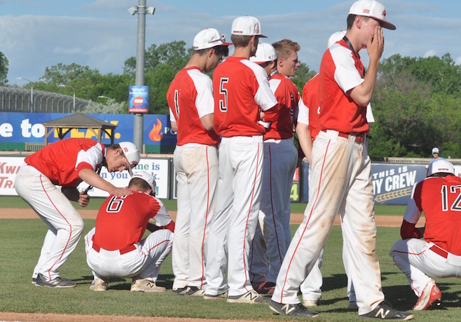 STATE BASEBALL: Big blast erases Grove's title dreams