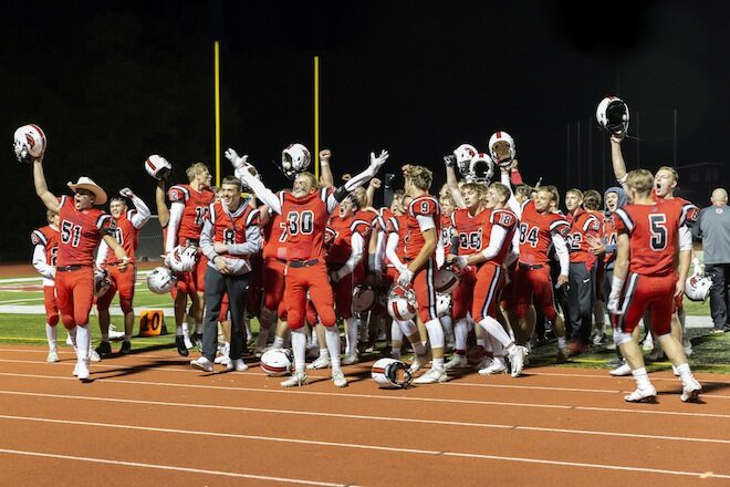 Grove stuns Badger in Homecoming thriller