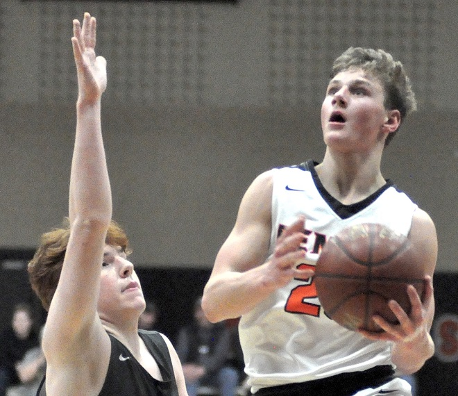Boys basketball: Palesse, West too much for stunned Demons