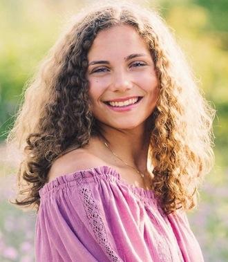 Senior Snapshot: Cora Anderson